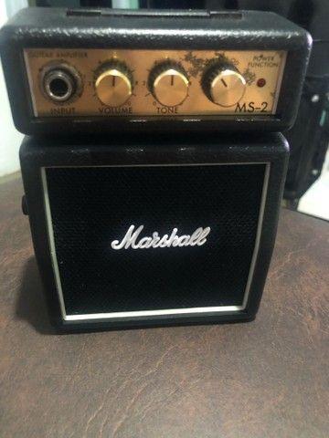 Mini marshall amplificador e violão 12 cordas