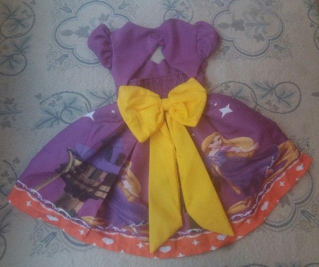 Vestido Rapunzel Vários Tamanhos - Foto 2