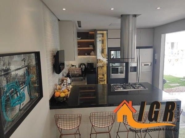 Casa para venda tem 300 metros quadrados com 3 quartos - Foto 8
