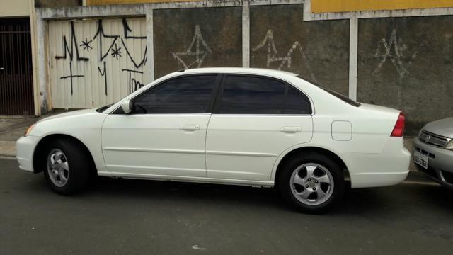 Captivating Honda Civic 2002 Completo