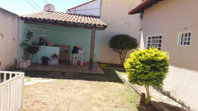 Casa Colonial! Excelente localização na rua 08 - Foto 7