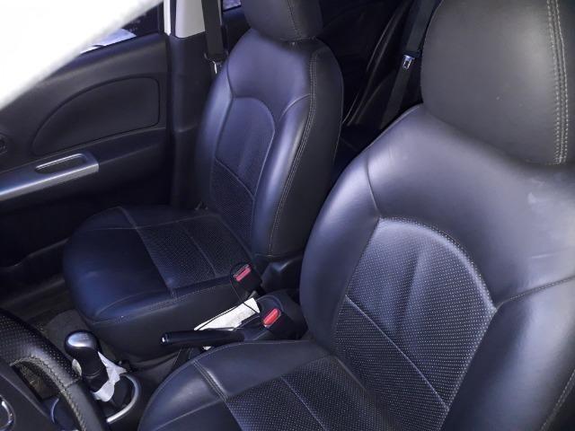 Nissan March SV 1.6, passo financiamento. Aceito pagar no meu nome - Foto 6