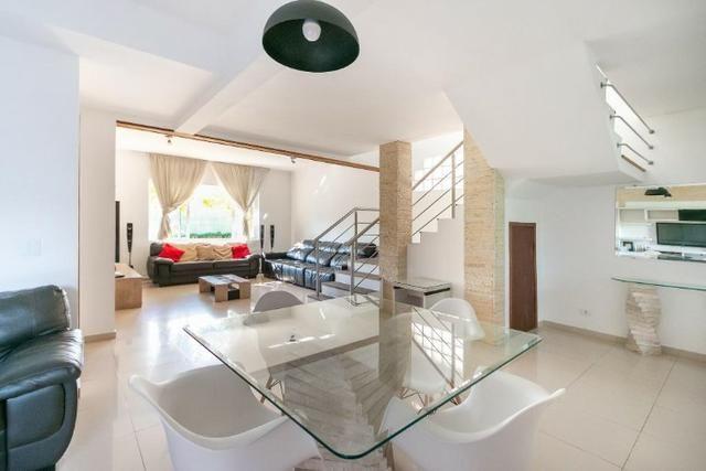 Casa condomínio 3 suítes - Santa Quitéria