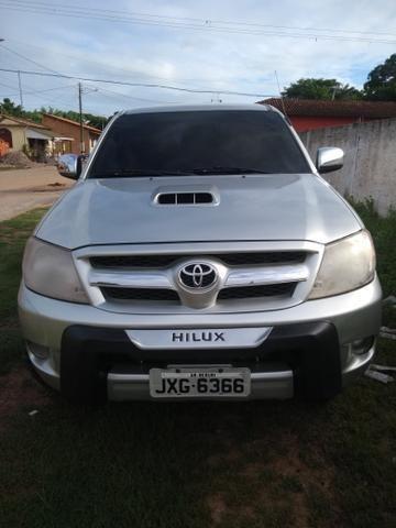 Vendo Hilux 2006 automática!