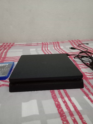 Playstation 4 Slim  - Foto 3