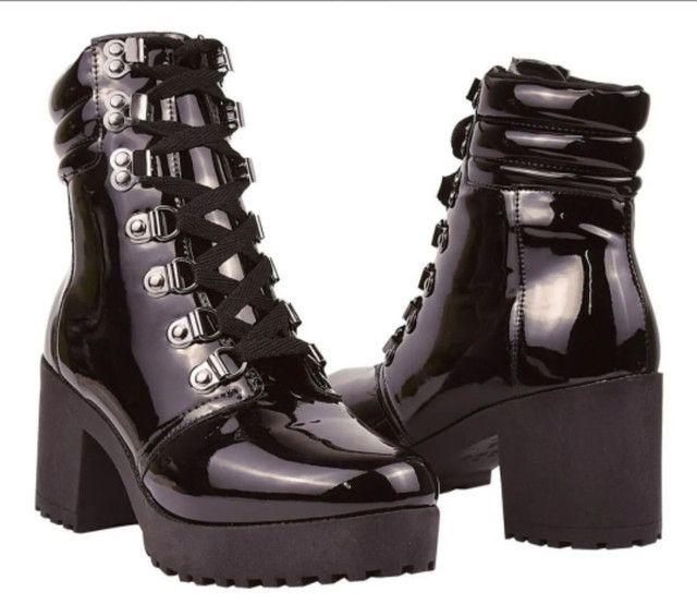 Coturno Feminina botas tratoradas