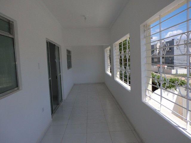 Casa reformada. 5 quartos, todo na cerâmica, 3 salas, piscina em Pau Amarelo - Foto 7
