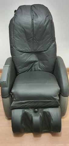 Cadeira de massagem Polishop em excelente estado- Funcionando todas as funções - Foto 2