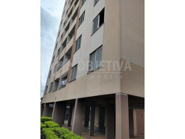 Apartamento para alugar com 3 dormitórios em Martins, Uberlandia cod:446193 - Foto 3