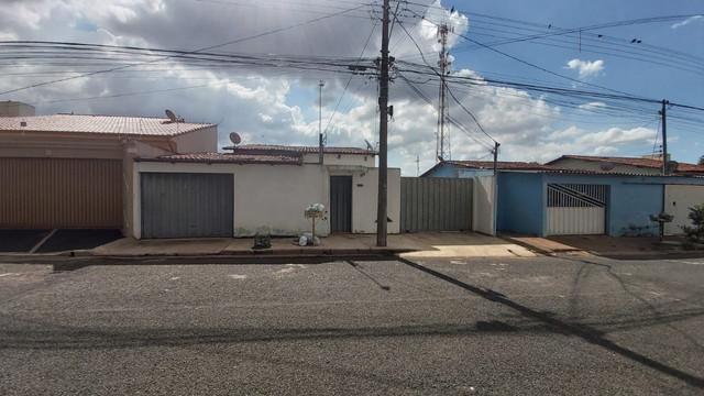 Casa para Venda em Uberlândia, Segismundo Pereira, 3 dormitórios, 1 suíte, 2 banheiros, 5  - Foto 9