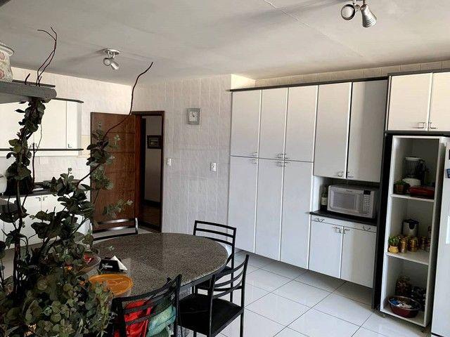 Apartamento para venda possui 598 metros quadrados com 4 quartos em Aterrado - Volta Redon - Foto 11