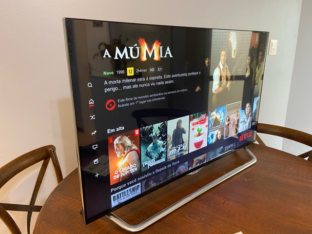 TV LG SMART TV 3D, LED ULTRA HD 4K, 49 polegadas, + 4 óculos 3D, suporte parede