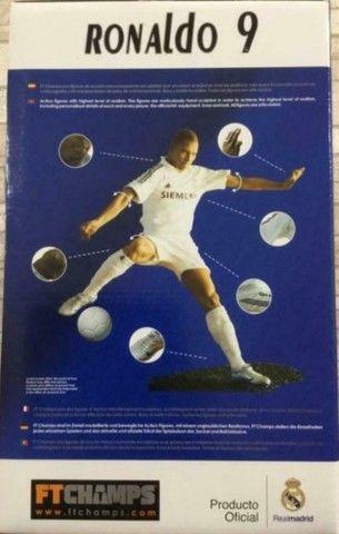 Figura Real do Fenômeno Ronaldo 9 FT Champs - Figura Real - Foto 4