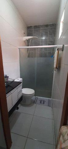 Vende-se Casa com 2 quartos (sendo uma Suite), 2 salas, de esquina - Foto 9