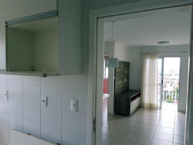 Apartamento, 3 quartos, semi mobiliado em Itapuã, Salvador-Ba