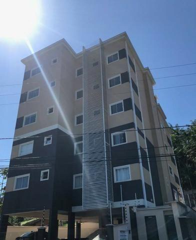 Cobertura com 209 m² ( semi-mobiliada) no Bairro Anita Garibaldi (Avalia parte em permuta)