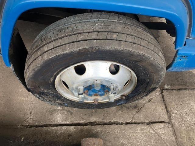 Sucata de Caminhão M. Benz 710 Plus 10/11(Somente p/ retirada de peças) - Foto 4
