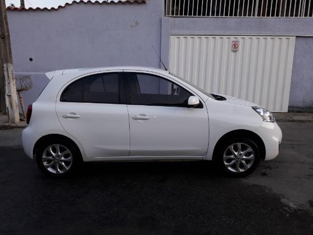Nissan March SV 1.6, passo financiamento. Aceito pagar no meu nome - Foto 5