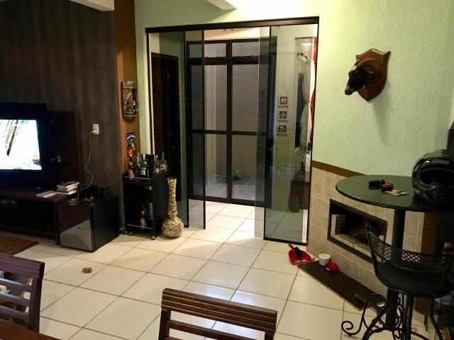 Vendo Belíssima casa com ótima Localização! - Foto 6