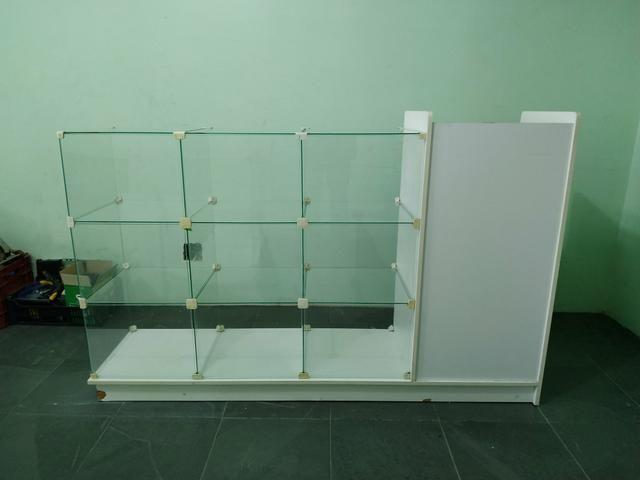 Balcão Caixa MDF /vidro - Foto 5