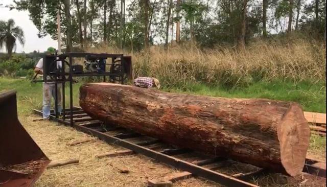 Serra tora 1m , trilho 6m, motor 17hp PE, engenho, serraria portátil - Foto 2