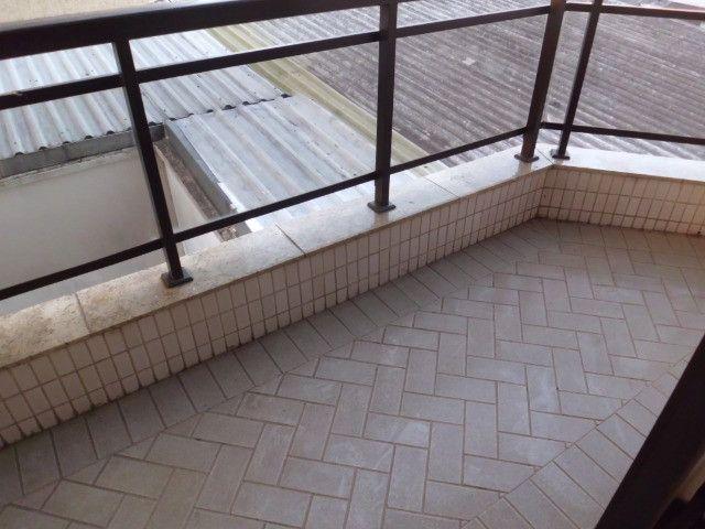 A103 - Apartamento com três suítes no centro nobre da cidade - Foto 14