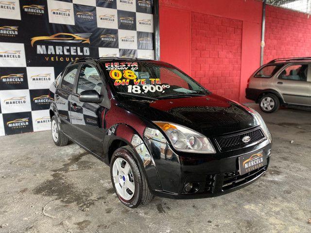 Fiesta sedan 1.0 2008 - Foto 4