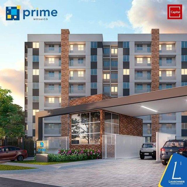 C/ Apartamentos entregues com porcelanato e varanda gourmet - Foto 2