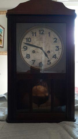 Relógio Junghans de parede original - Foto 2