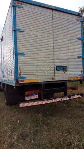 Caminhão Baú - Foto 4