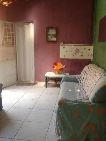 Casa com 3 quarto 2 salas banheiro e cozinha