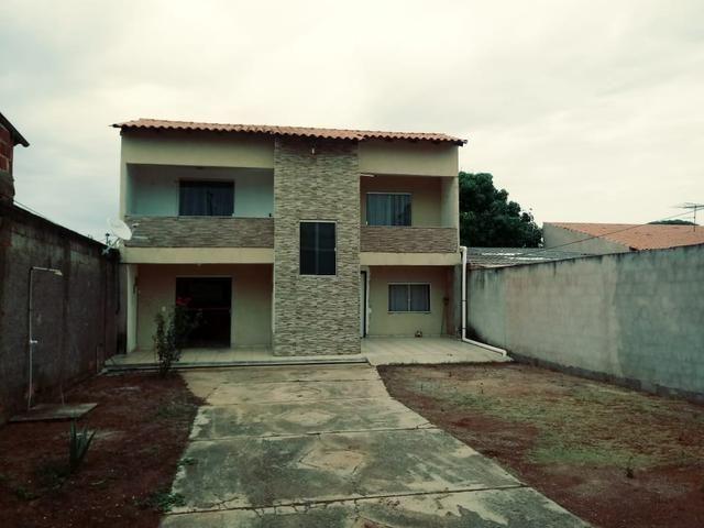 Oportunidade: Casa de 4 qts em lote de 500 Mts no Setor de Mansões de Sobradinho