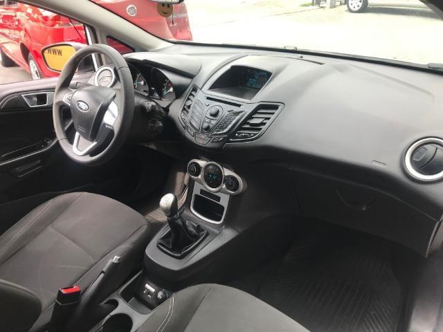 Ford Fiesta Sport 1.6 - Foto 11