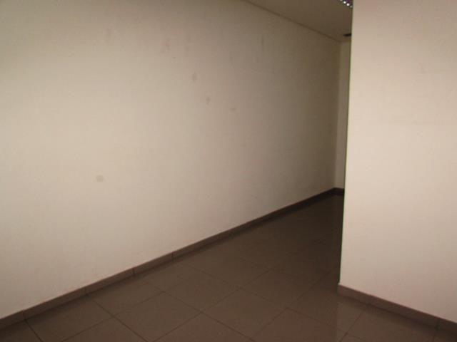 Loja comercial para alugar em , cod:I-002305 - Foto 12