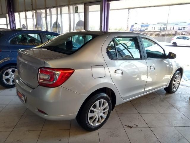 Renault - Foto 2