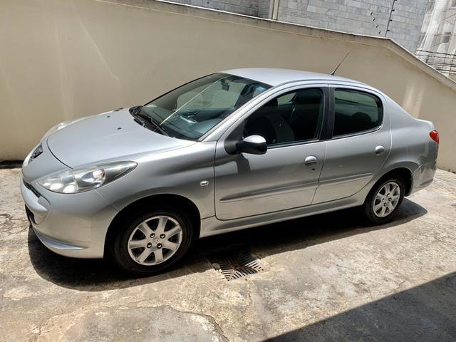 Peugeot 207 1.4 2012 sedan para locação APP/UBER/PARTICULAR ETC