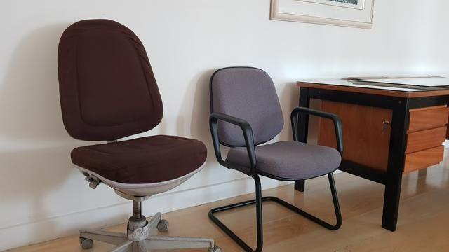 Mesa de escritório com 6 gavetas - Foto 4