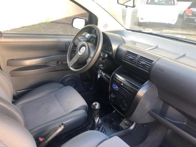 VW - Volkwagen - Fox 1.0 MI 8V Flex - Foto 3