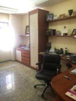 """Apartamento um por andar 180m², 3 suítes, 3 vagas,""""porteira fechada"""" - Foto 8"""