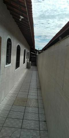 CASA COM PISCINA/ LINDA CASA IMPECÁVEL. 100 metros da praia. Cozinha ENORME - Foto 7