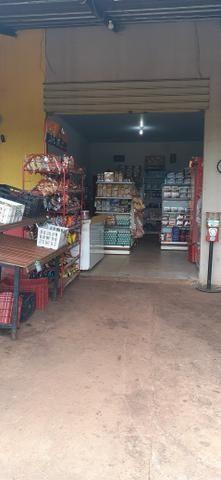 Vendo mercado em Goianira