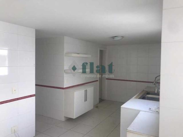 Apartamento à venda com 3 dormitórios cod:FLCO30094 - Foto 10