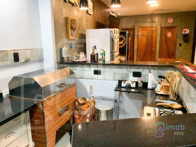 Duplex Condomínio Encontro das Águas, 3 suítes sendo 1 master, semi-mobiliado - Foto 13