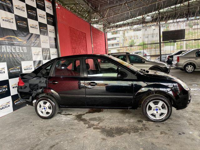 Fiesta sedan 1.0 2008 - Foto 5