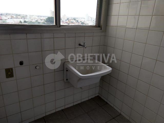 Apartamento para alugar com 3 dormitórios em Martins, Uberlandia cod:442772 - Foto 9