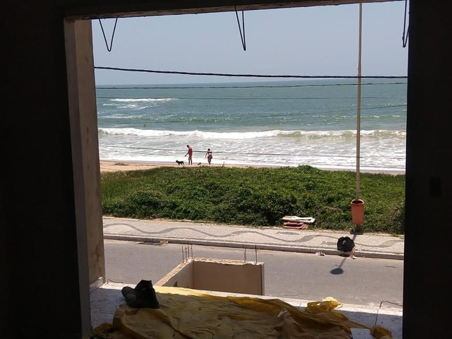 Casa de 2 quartos em frente a praia de Unamar Cabo Frio - fora de condomínio - Foto 9