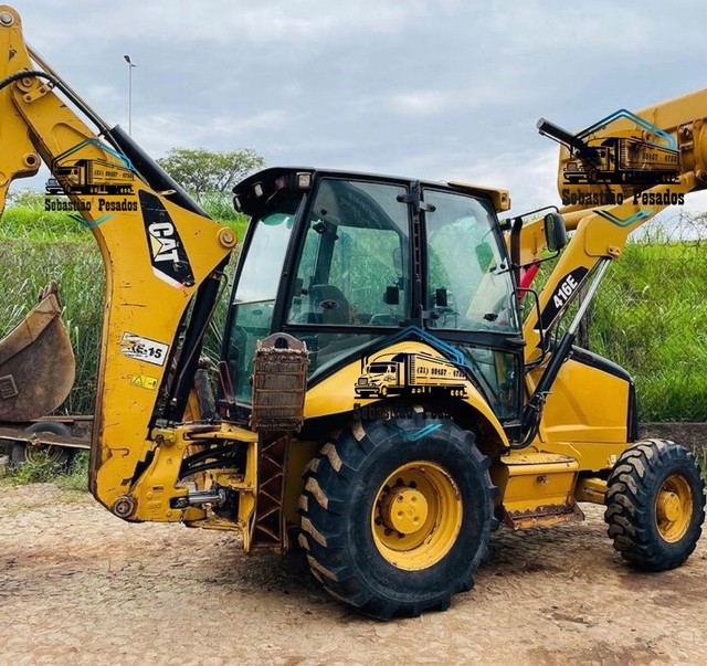 Retro Escavadeira Caterpillar 416E 2013