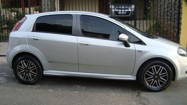 PUNTO 2011/2011 1.8 SPORTING 16V FLEX 4P AUTOMATIZADO - Foto 2