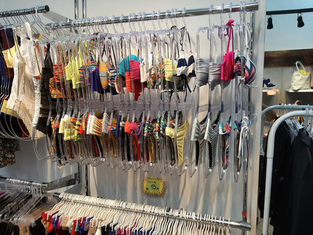 Vendo Estoque de Roupas Femininas, Lingerie, Pijamas  Fittnes, Calçados e Sandálias