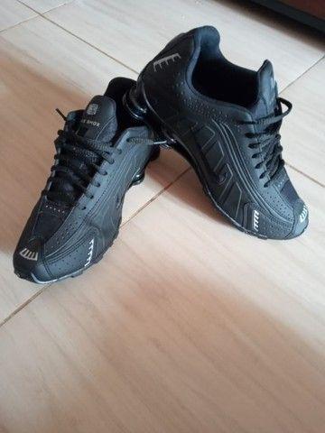Nike shox R4 n40